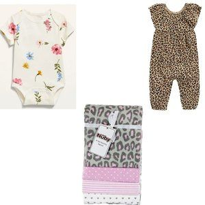 NEW! Old Navy/NUBY Baby Bundle. Lovely Gift